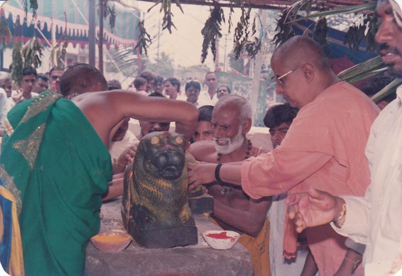 1992-jaganmatha-prathista-1