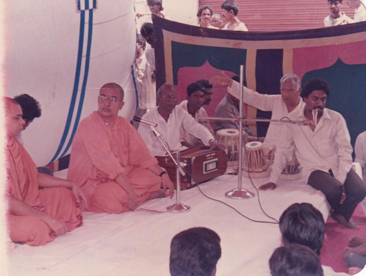 1992-jaganmatha-prathista5